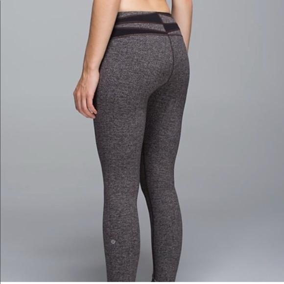 7b1da5747d lululemon athletica Pants - Like new brown lululemon herringbone leggings